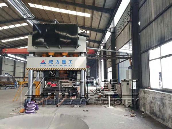 山东威力重工4500吨钢玉砖成型液压机液压缸活塞修复